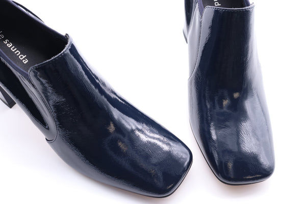 Square Toe Ankle Boots in Patent Leather - Navy