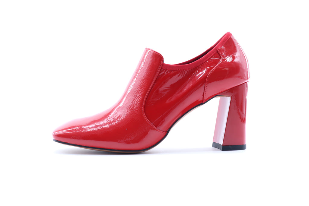 Square Toe Ankle Boots in Patent Leather - Red