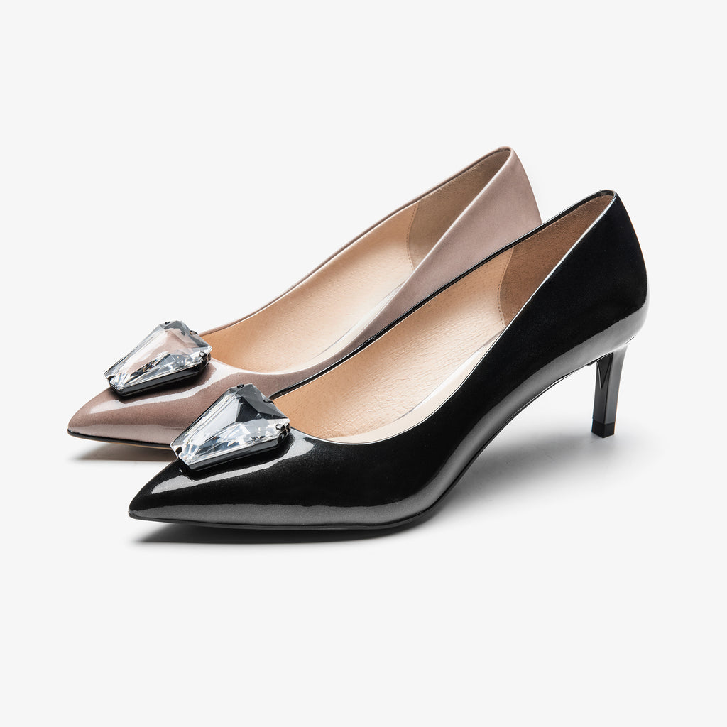 Leather Pumps with crystal detail - Black AM54107-BKP