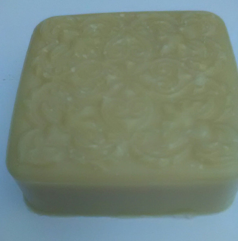 Balkis - Exotic, Calming Temple oil scent with Warm, Sexy & Sensual with tones of Amber, Wood and Vanilla! Unisex appeal! 4oz bar