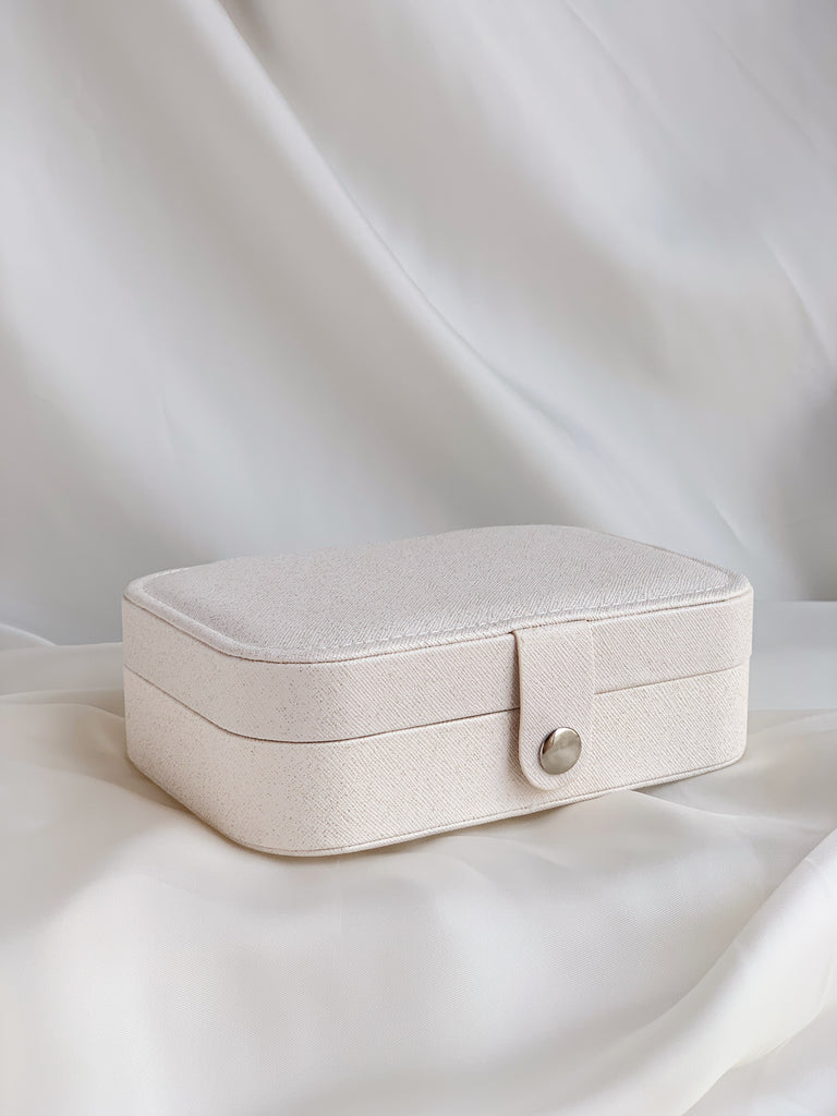 white jewelry carrying case Katie Dean Jewelry