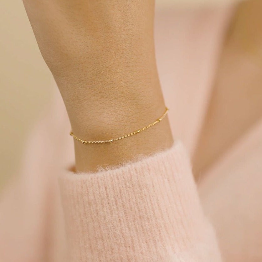 Beaded Bracelet, dainty gold chain bracelet by Katie Dean Jewelry