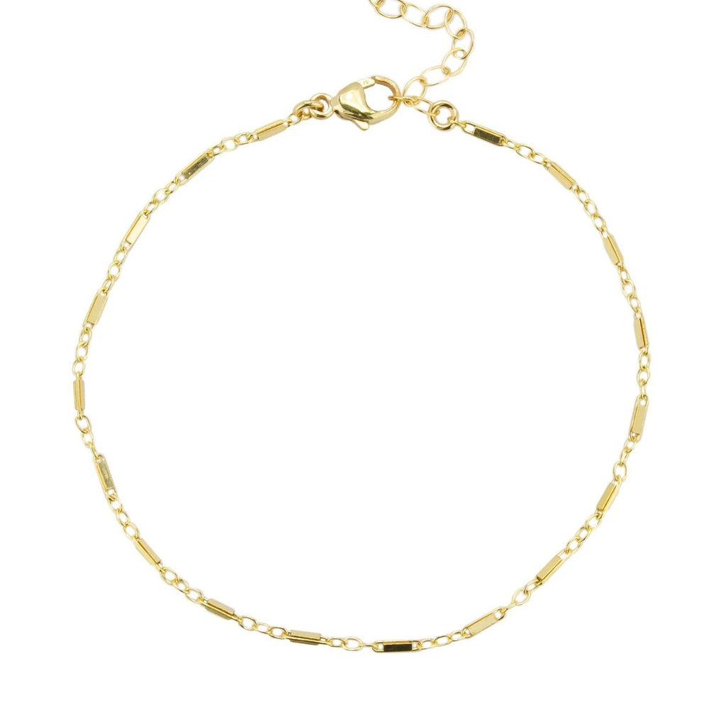 Image of the gold Linked Bracelet against a white background.
