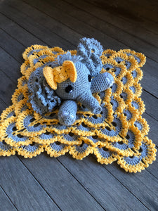Crochet Elephant Comforter Amigurumi Project: British Wool | TOFT | 300x225
