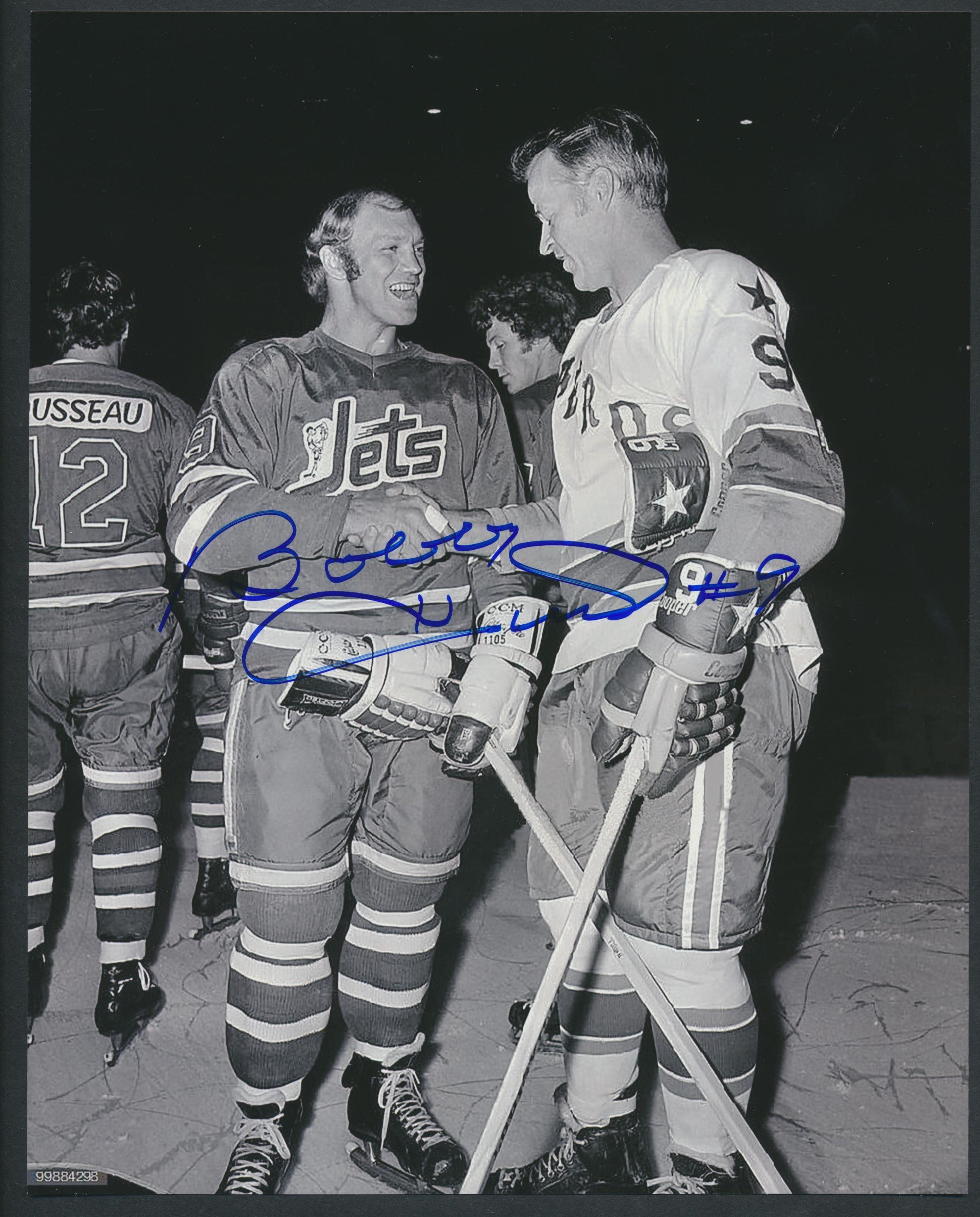 Original Autographed Bobby Hull Photo with Gordie Howe  c/w COA  Winnipeg Jets & Houston Aeros  NHL Hockey Memorabilia