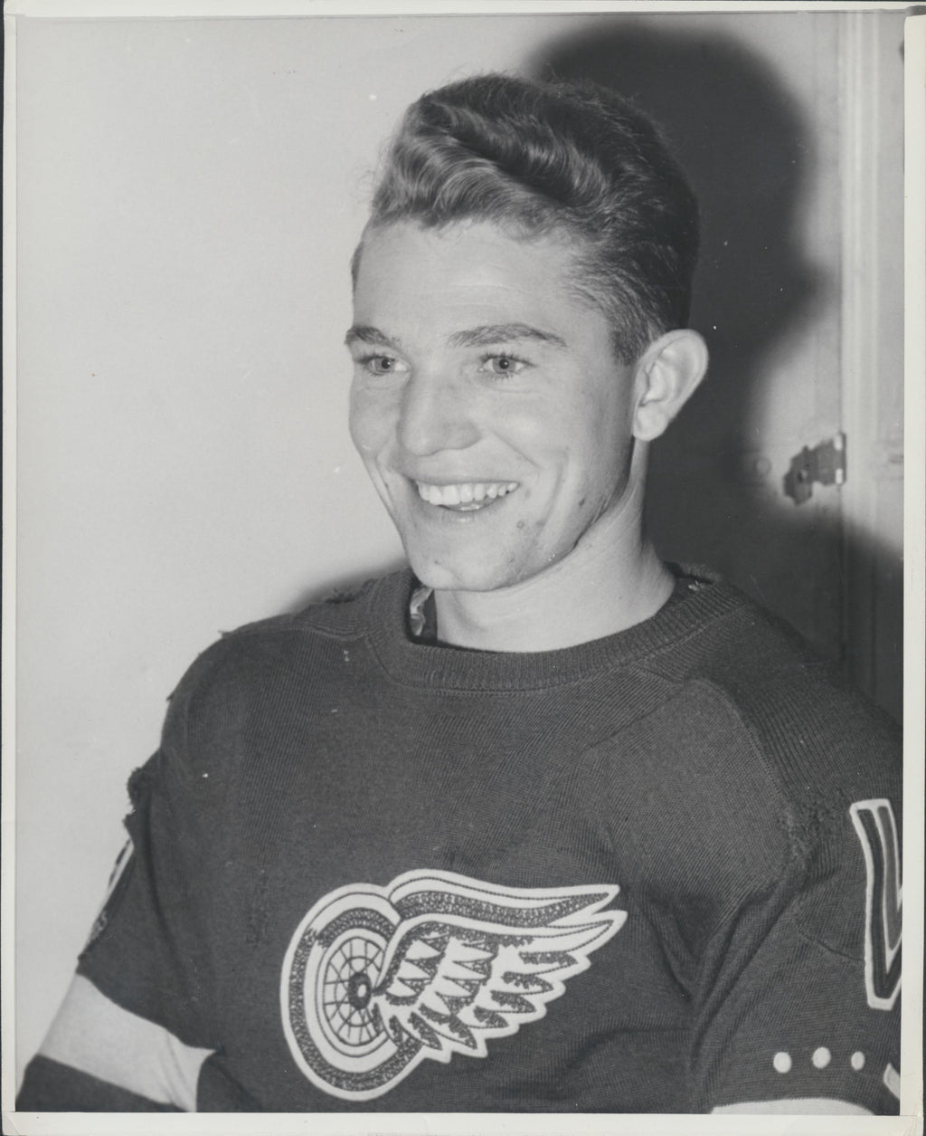Original Pat Lundy -Detroit Red Wings Press Photo 1946 NHL Hockey Pic Archives