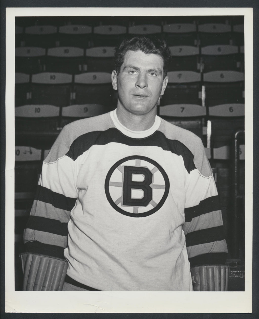 Original Vic Lynn -Boston Bruins Press Photo 1952 Boston Gardens Photo Ferguson
