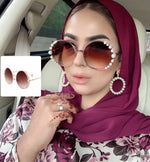 LAMIS ROUND WITH SIDE PEARLS SHADES