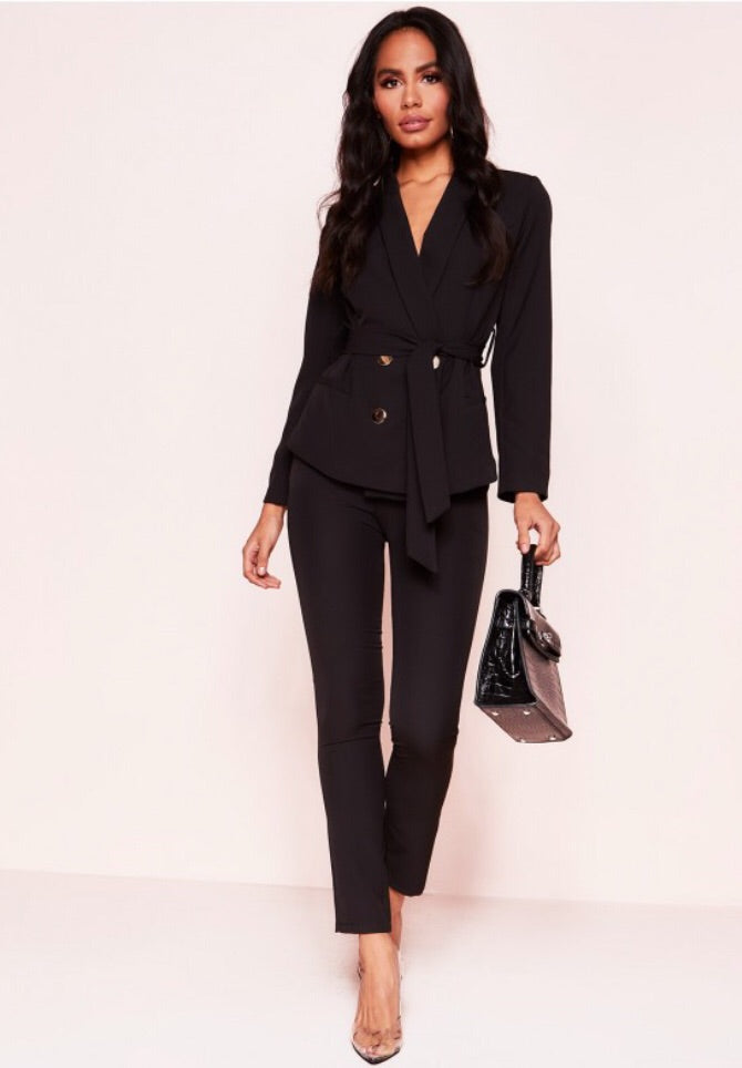 HANNAH BLACK CO-ORDS SET BELTED BLAZER AND MATCHING TROUSERS