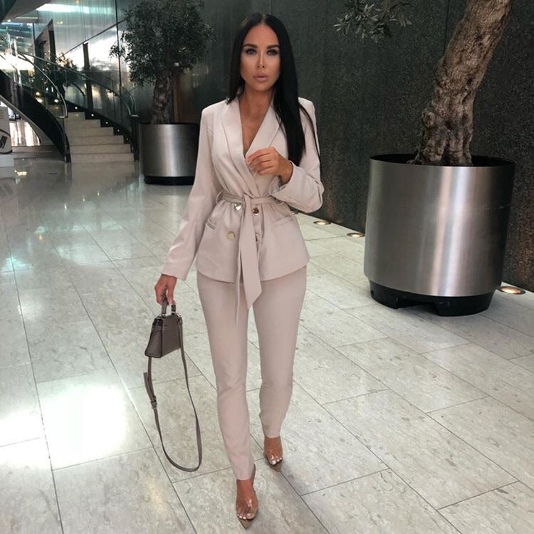 HANNAH BEIGE CO-ORDS SET BELTED BLAZER AND MATCHING TROUSERS