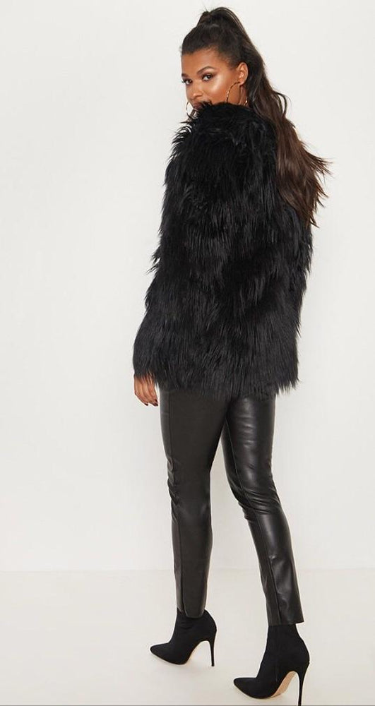 DAISY BLACK SHAGGY FAUX FUR F01