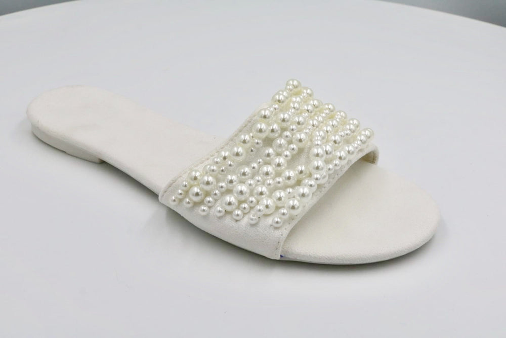 ALISA PEARLS WHITE SLIDERS