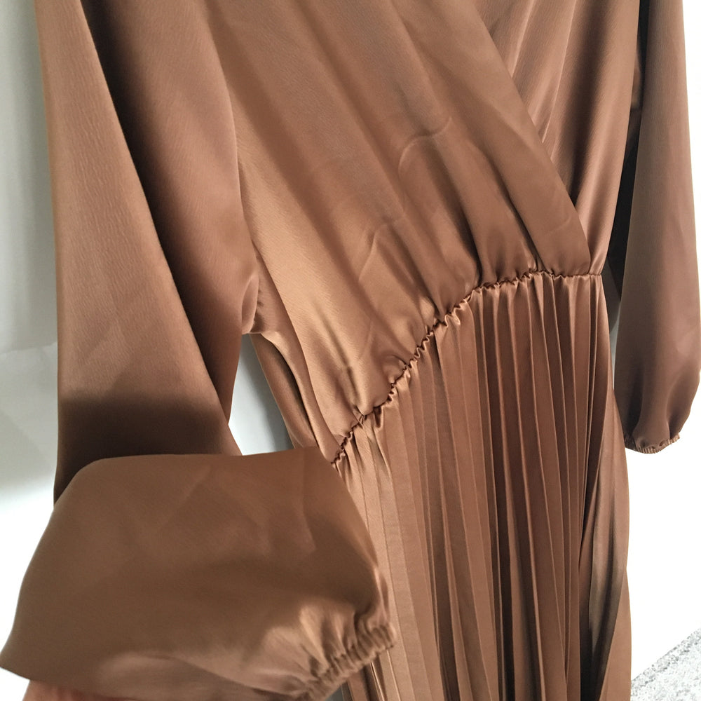 BROWN LYZIE SATIN PLEATED DRESS