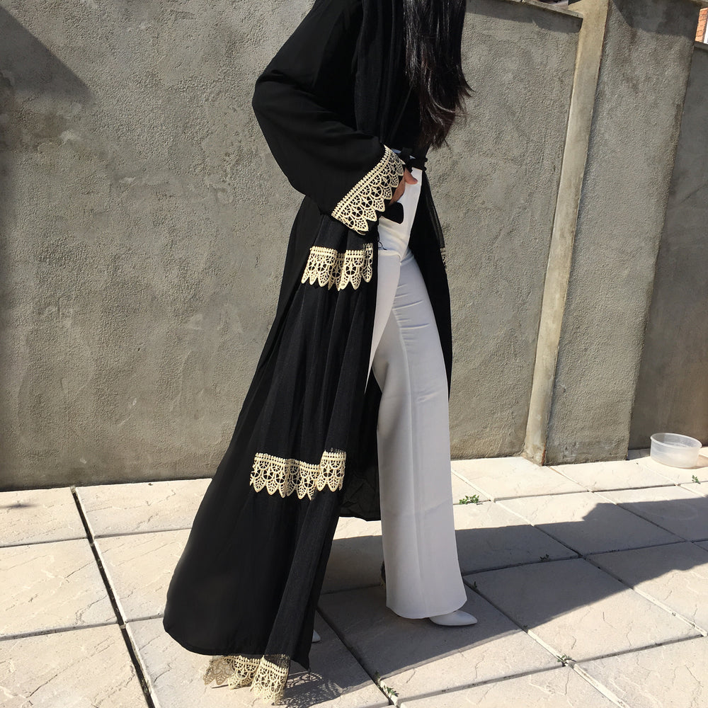 AMIRA BLACK WITH  GOLD EMBELLISHED KIMONO