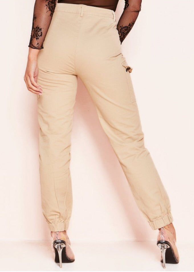 WILLOW POCKET CARGO TROUSERS