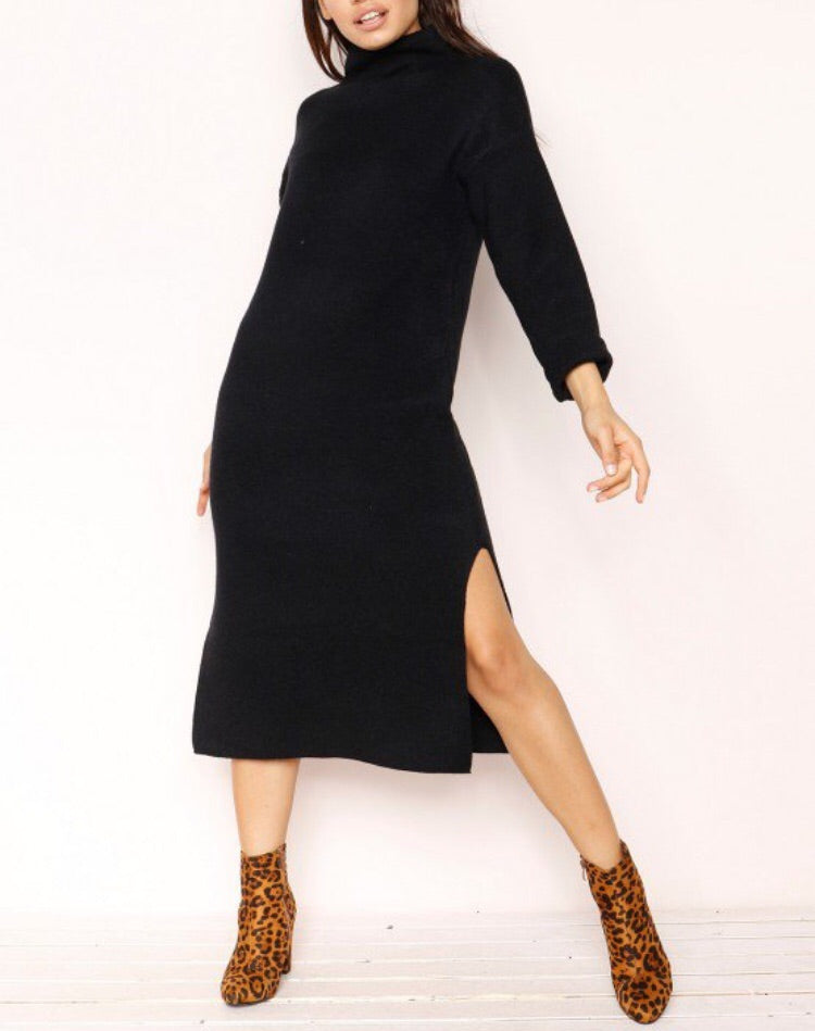 BELINDA BLACK KNIT JUMPER DRESS D01