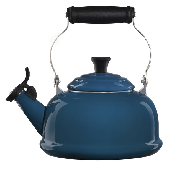 Le Creuset Cookware Classic Whistling Teakettle