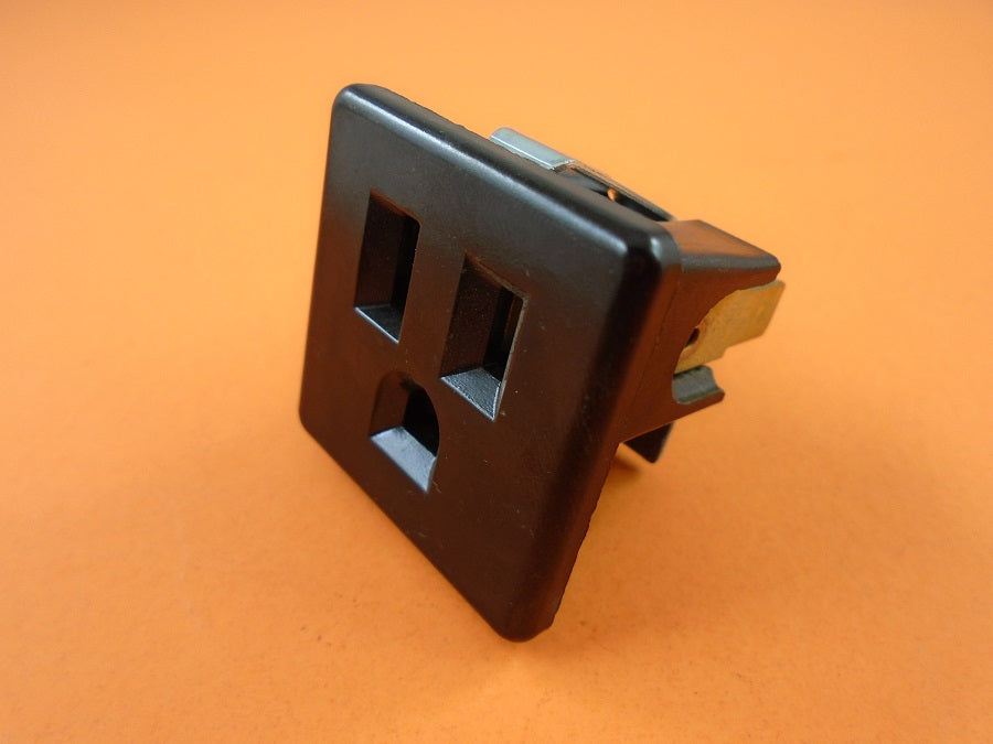 Generac 0022693 OUTLET 15 AMP (PWY) - AnyRvParts.com