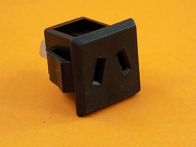 Generac 090418 120 VOLT OUTLET SNAP IN (PWY) - AnyRvParts.com
