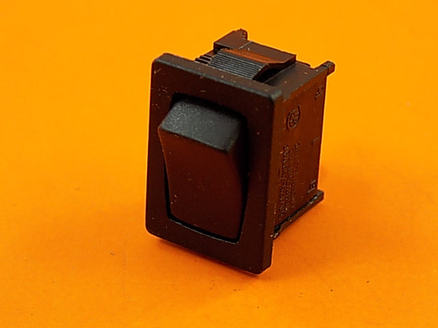 Generac 0D5240 Switch, SPDT On-Mom/On Model 0041850 (PWY) - AnyRvParts.com
