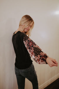 Contrast Floral Sleeve Top