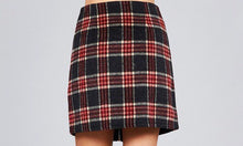 Load image into Gallery viewer, Zipper Plaid Skirt in Black