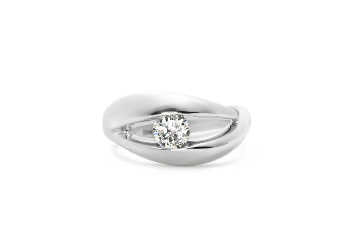plum of your eyes jewelry ring woman wedding diamond moissanite platinum white gold