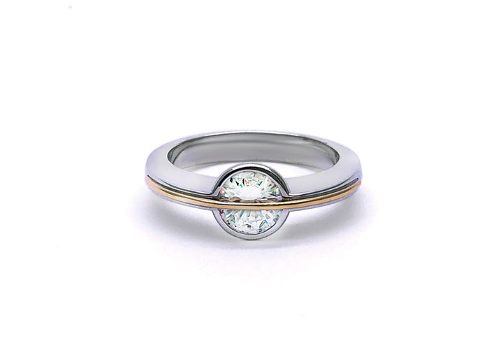 The ring of Saturn (moissanite)