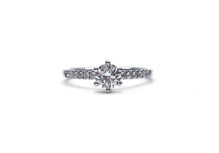 As on the first day (moissanite)