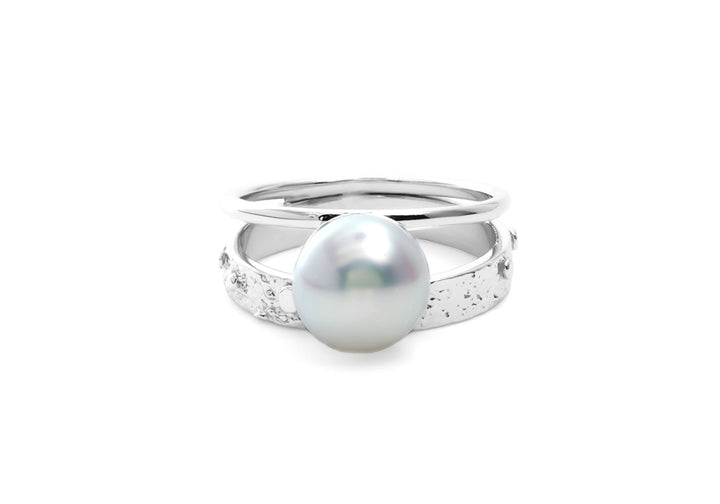 double signature white gold pearl ring