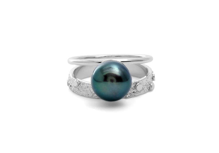 black pearl ring white gold Double signature black pearl ring