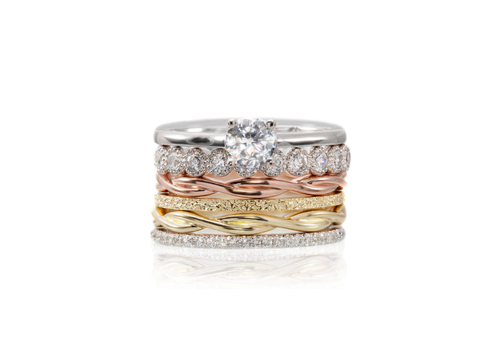 6 individual rings in 1 pink and yellow white gold I love you madly!