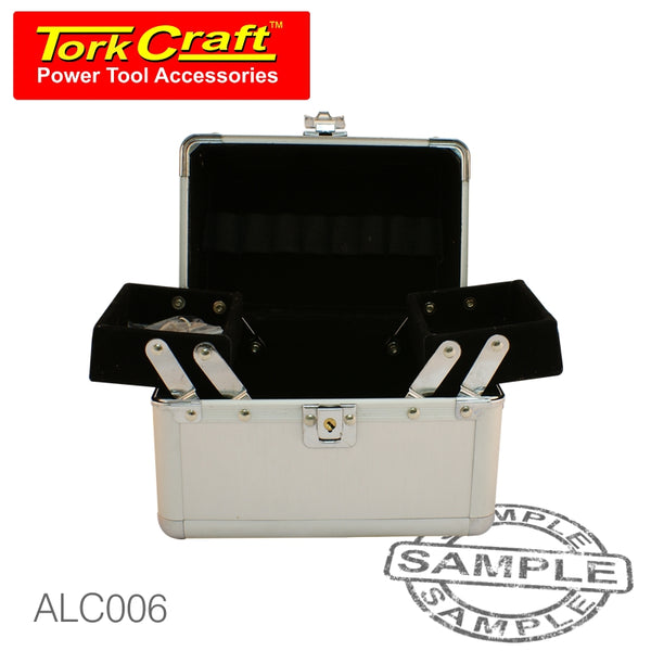ALUMINIUM COSMETIC CASE 18 X 18. X 12 SILVER SMOOTH SURFACE - Power Tool Traders