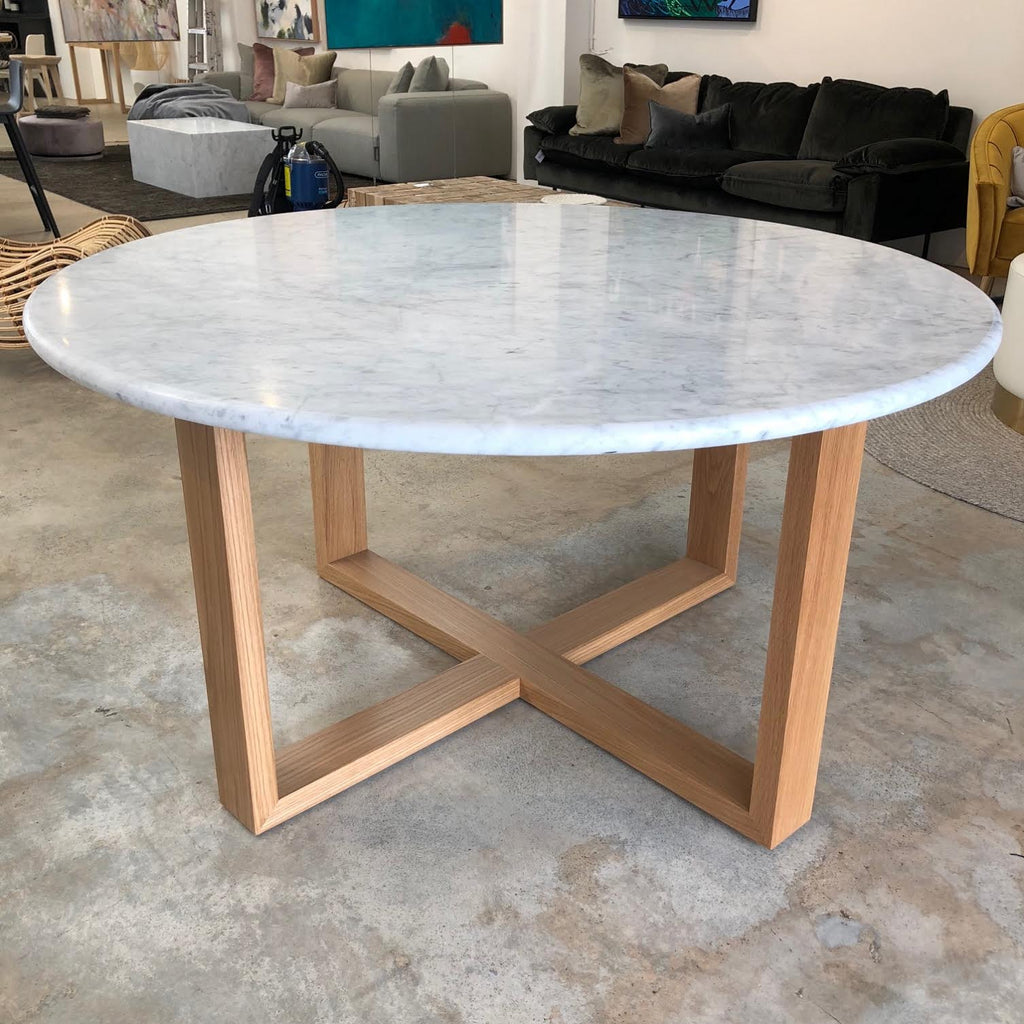 Thomas Dining Table