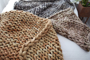 Braided Chunky Knit Blanket Tutorial
