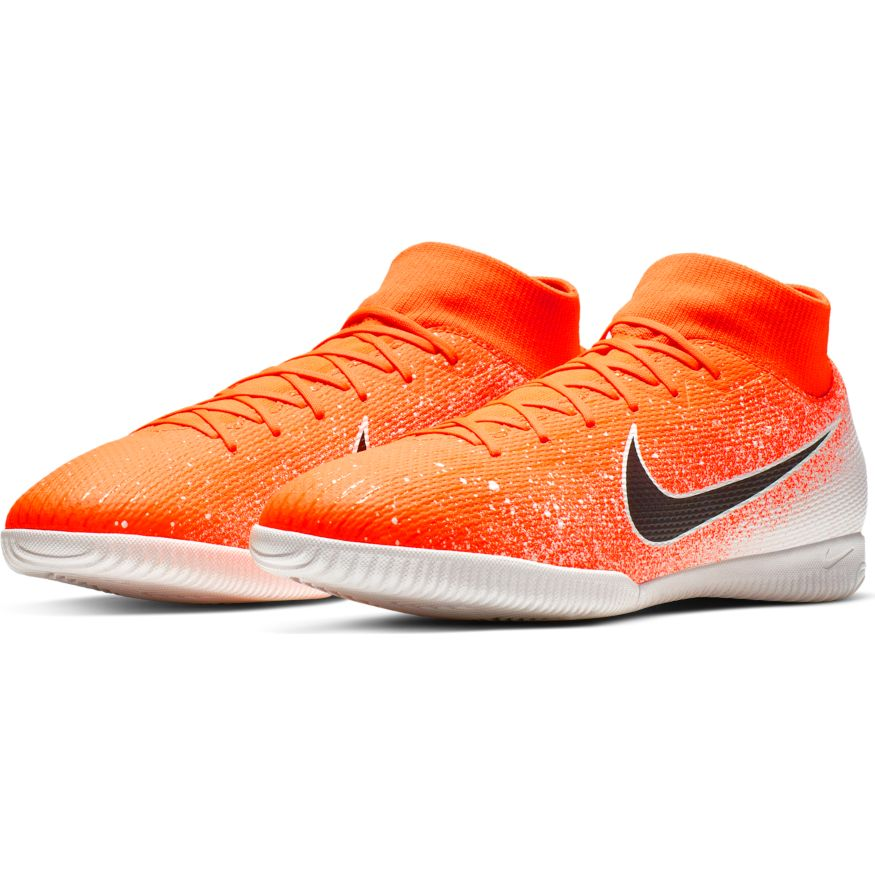 Nike Superflyx 6 Academy IC Hyper