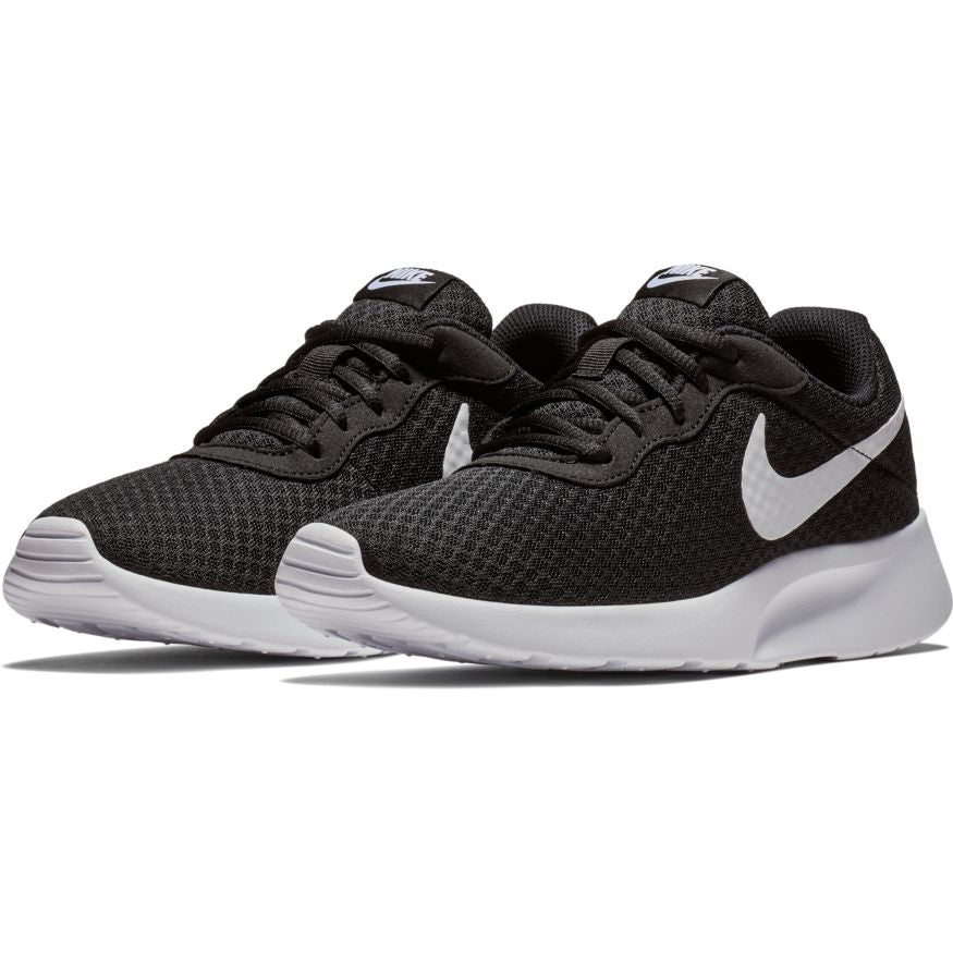 Nike W Tanju Shoe Black-White