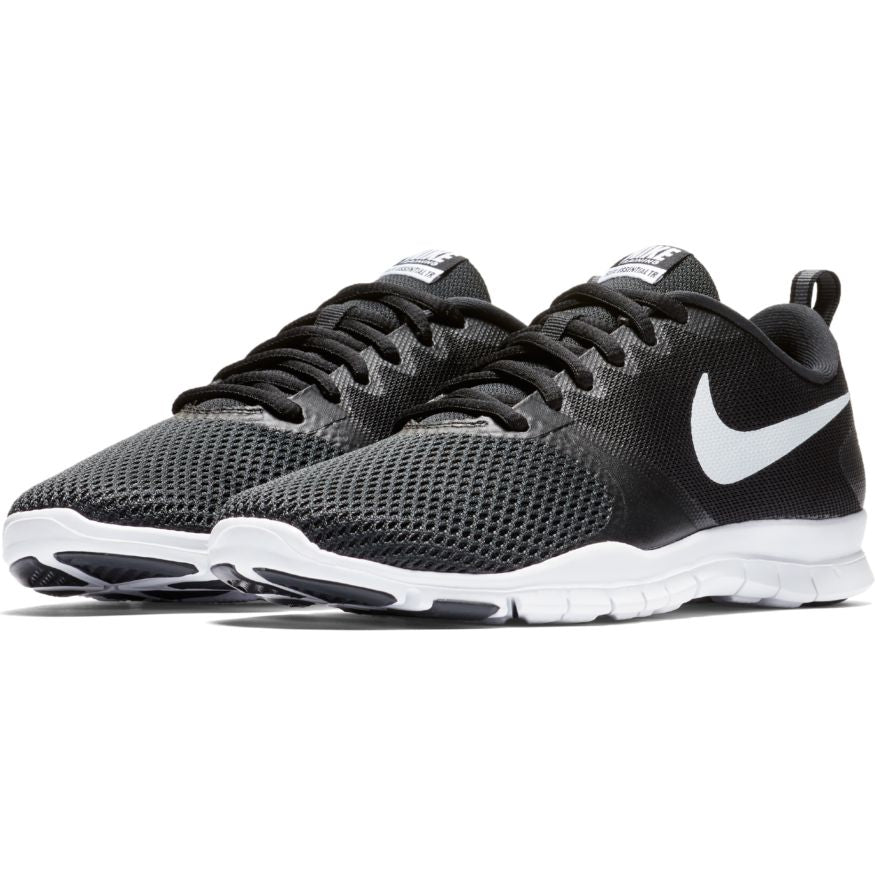 Nike Women Flex Essential Train