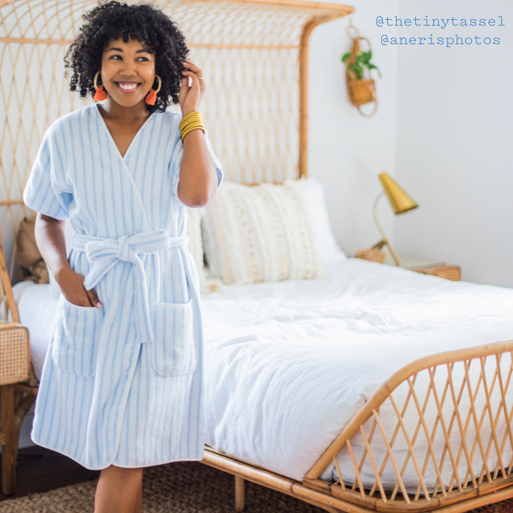 Weezie Short Robe Reviewed by Best Products