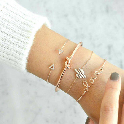 Docona 4Pcs/1Set Gold Color Cactus Letter Knot Bracelet