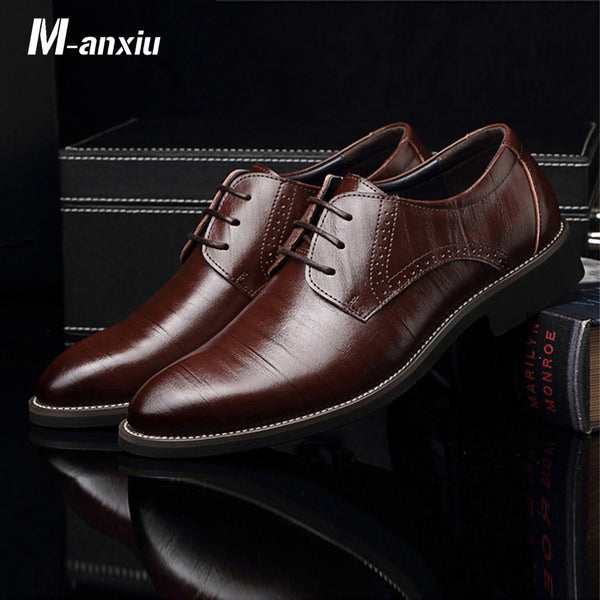 M-Anxiu Flat Classic Men Dress Leather Wingtip Carved