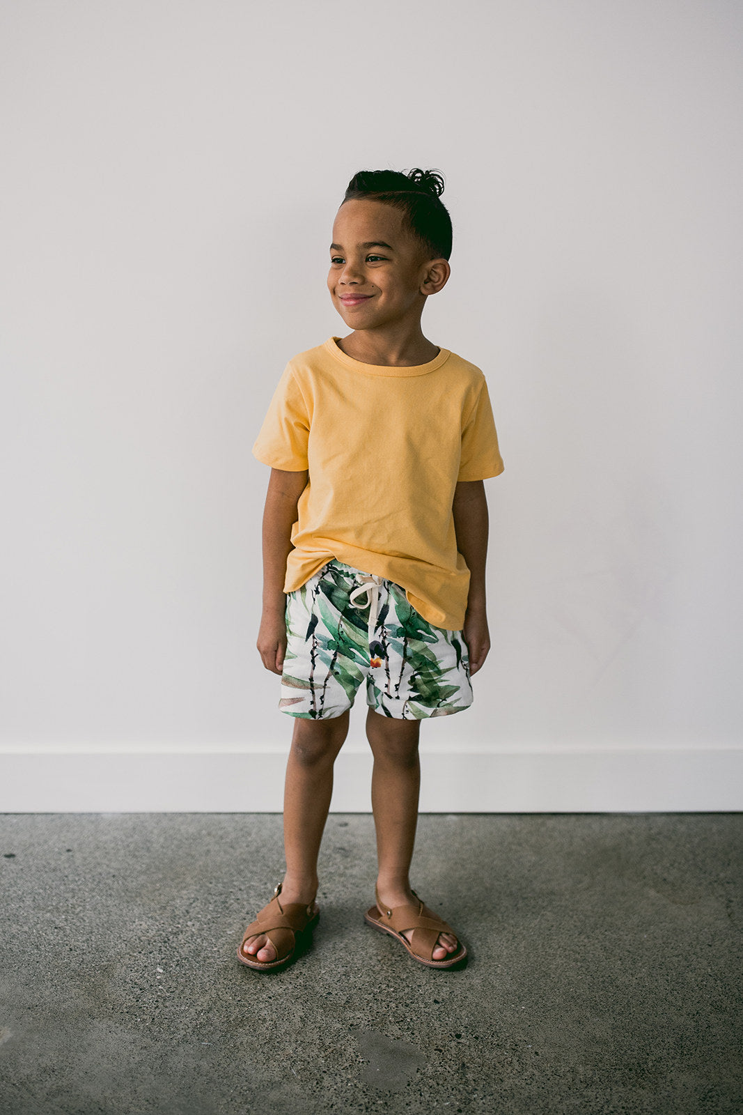 beach shorts | tropical