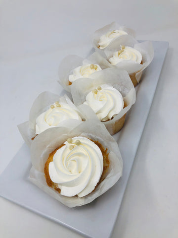 6 White Wedding Cupcakes