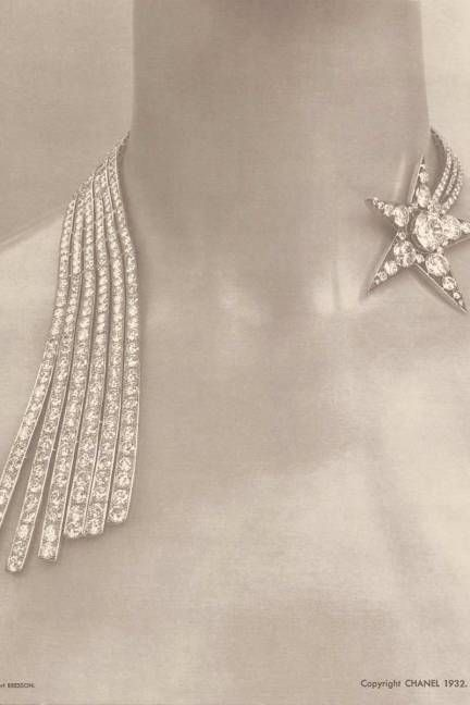 Chanel 1932 Collection - The Comete necklace