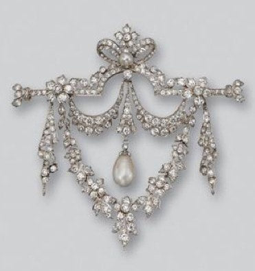 diamond and natural pearl brooch