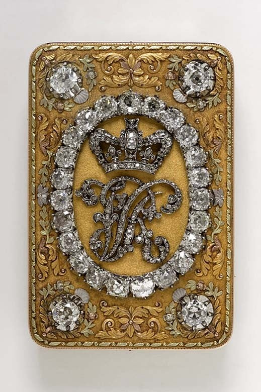 gold and diamond snuffbox