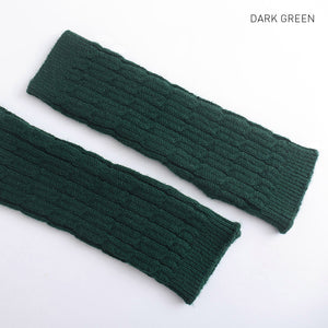 Women's Arm Warmers Autumn Winter Women Combing Fine Wool Cable Fingerless Gloves Thick Soft Knitted Woolen Arm Warmers Thumb-hole Arm Sleeve