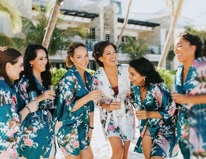 5 Ways to Genuinely Thank Your Bridesmaids