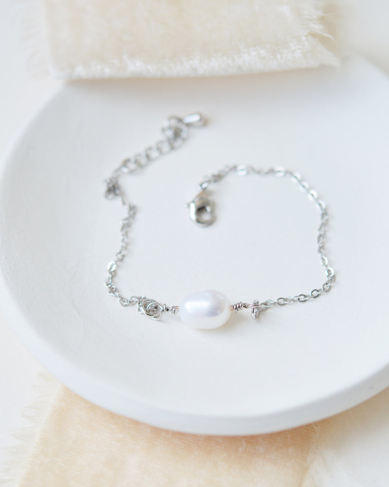 Single Freshwater Pearl Silver Bridal Bracelet