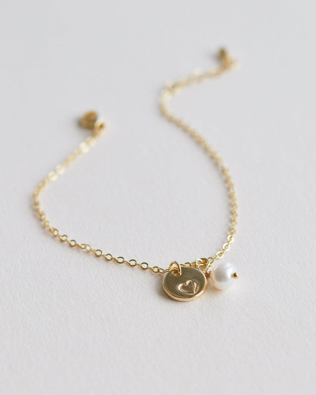 Gold Heart Bracelet with Freshwater Pearl